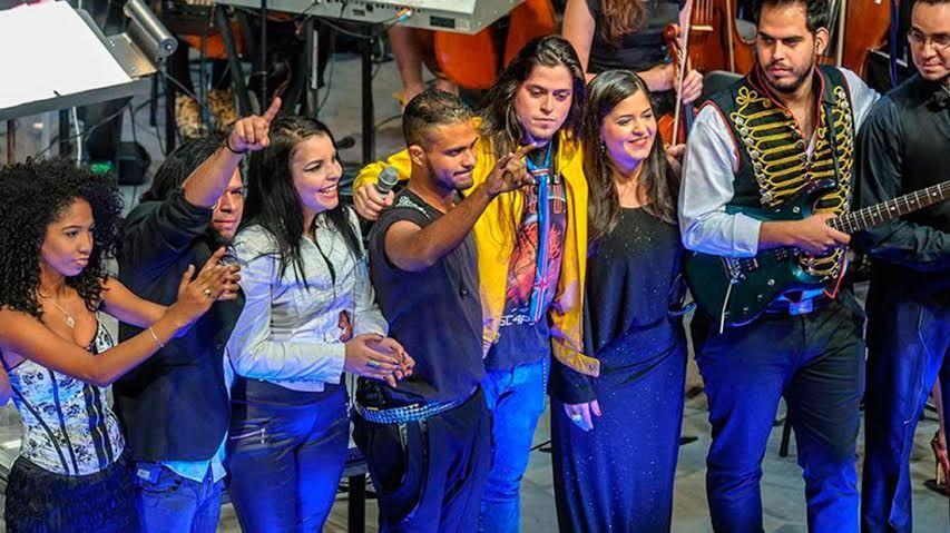 La Orquesta de Rock Sinfónico Simón Bolívar presenta su: Cronología del Rock Nacional Vol. 1
