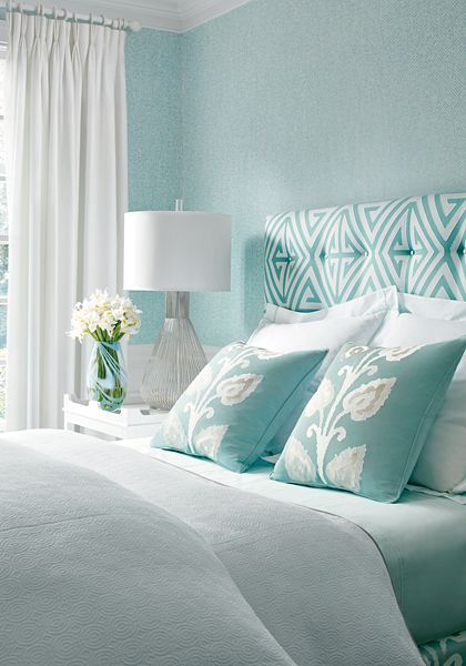 Bedroom aqua blue beach house color palette home for Blue and white bedroom wallpaper