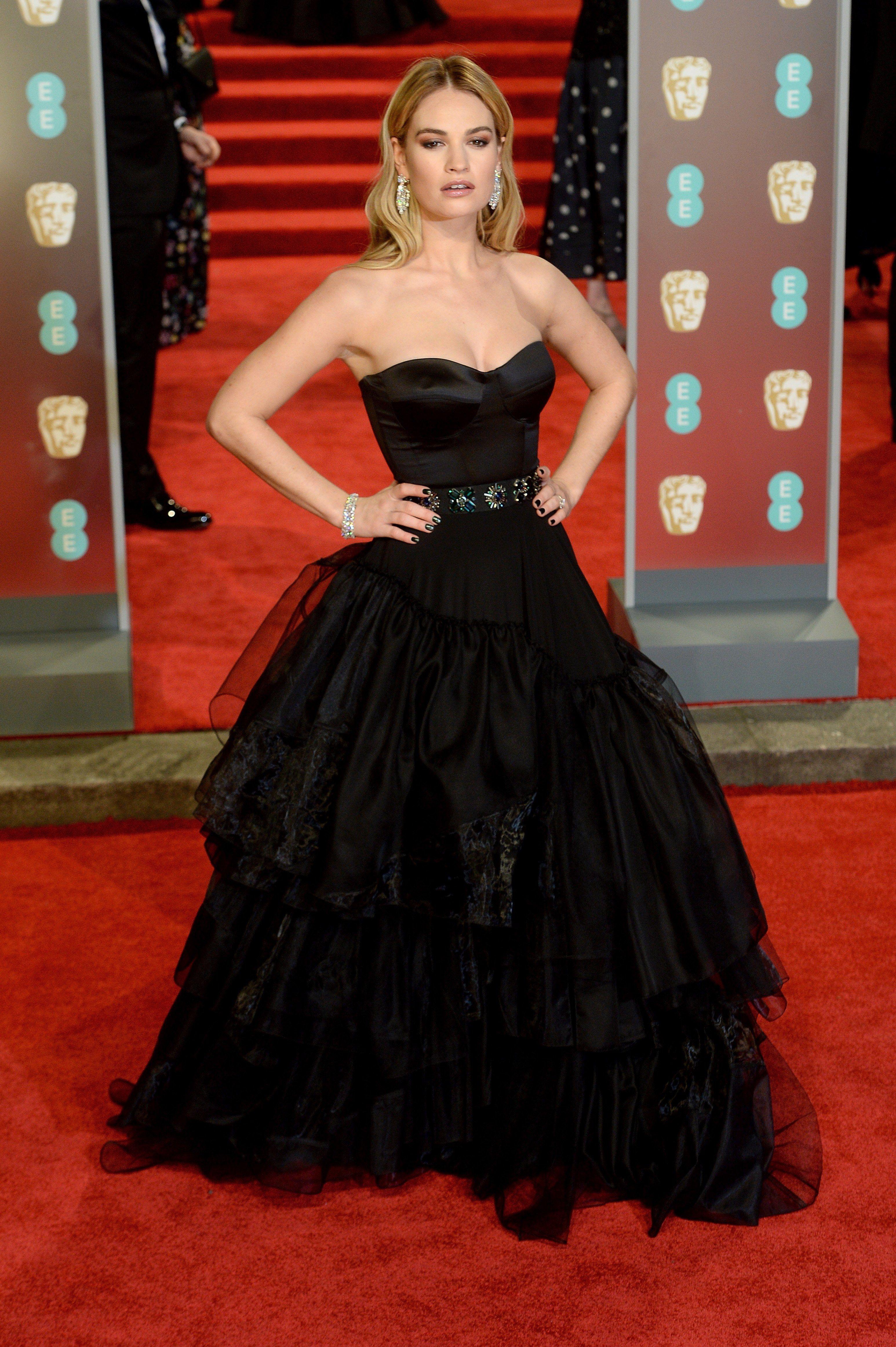 Bafta Red Carpet 2018 See Jennifer Lawrence Angelina Jolie And More Actresses In Black Dresses Black Dress Red