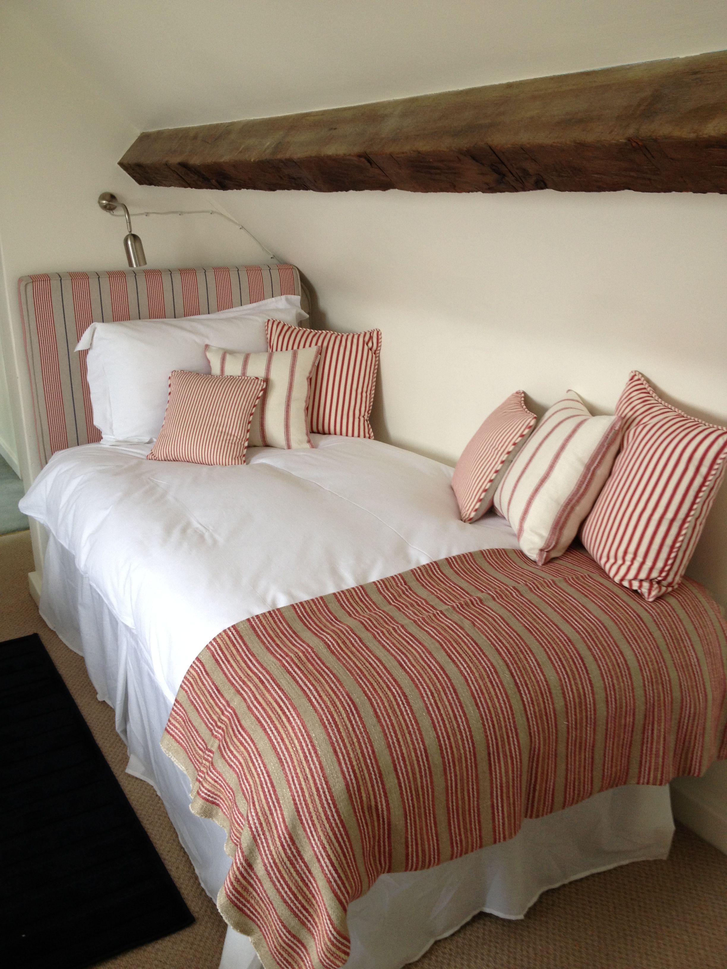 Ian Mankin Red Bedroom Angus Stripe Red Vintage Stripe 2 Peony