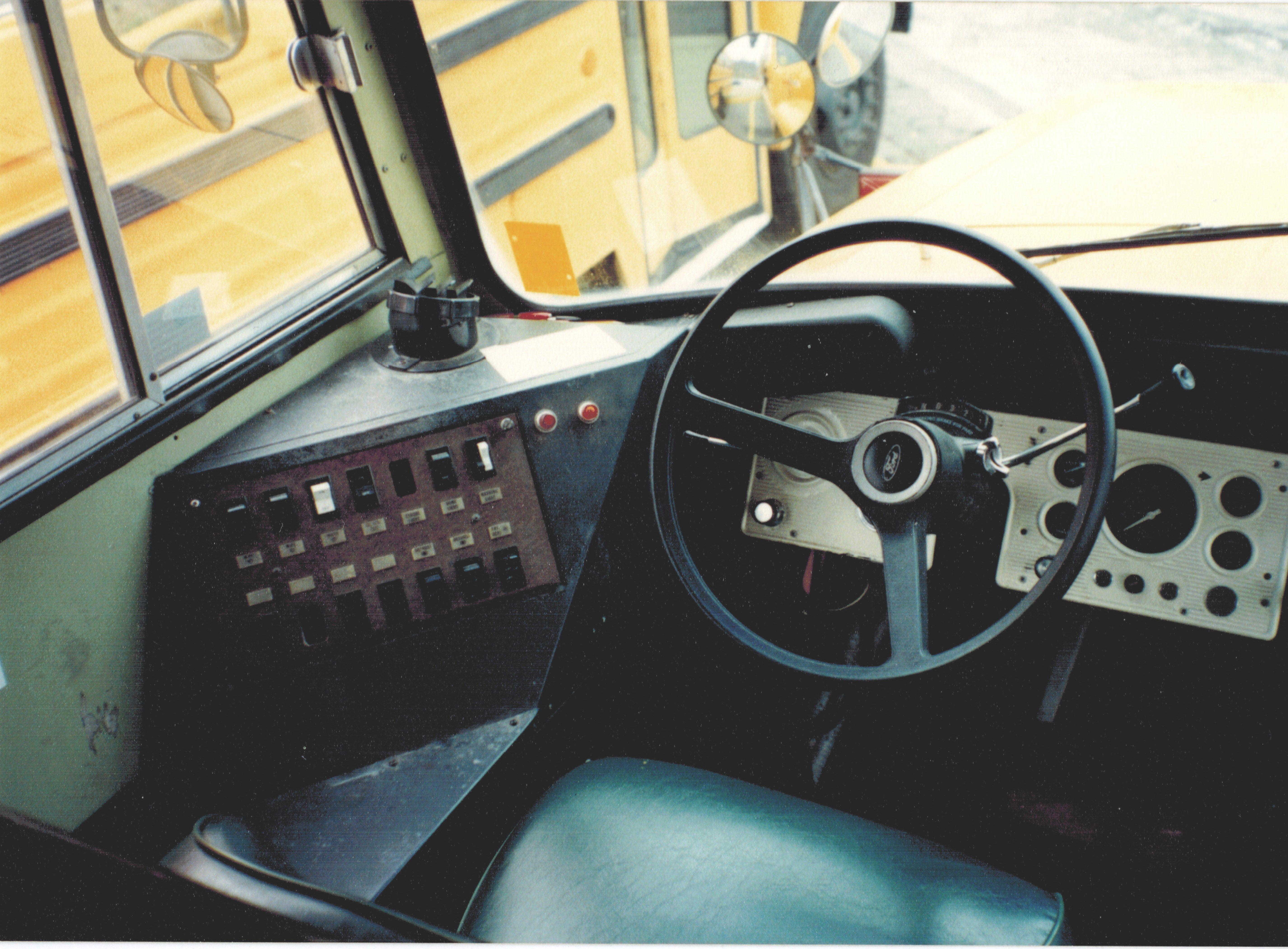 1984 Ford B 700 370 4v 4 Spd Auto Ward Amtran Volunteer 65 Pass Hoover City Schools Bus 84 1 Formerly Jefferson School Bus Bus Interior Bus Driver