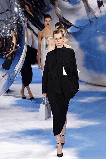 Christian Dior AUTUMN/WINTER 2013-14 READY-TO-WEAR