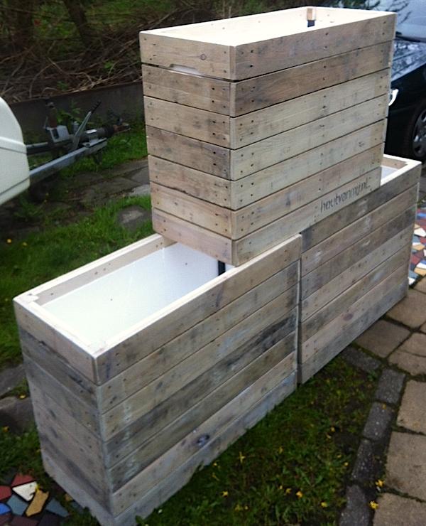 plantenbakken van pallethout bekleedt tegen de vorst 50. Black Bedroom Furniture Sets. Home Design Ideas