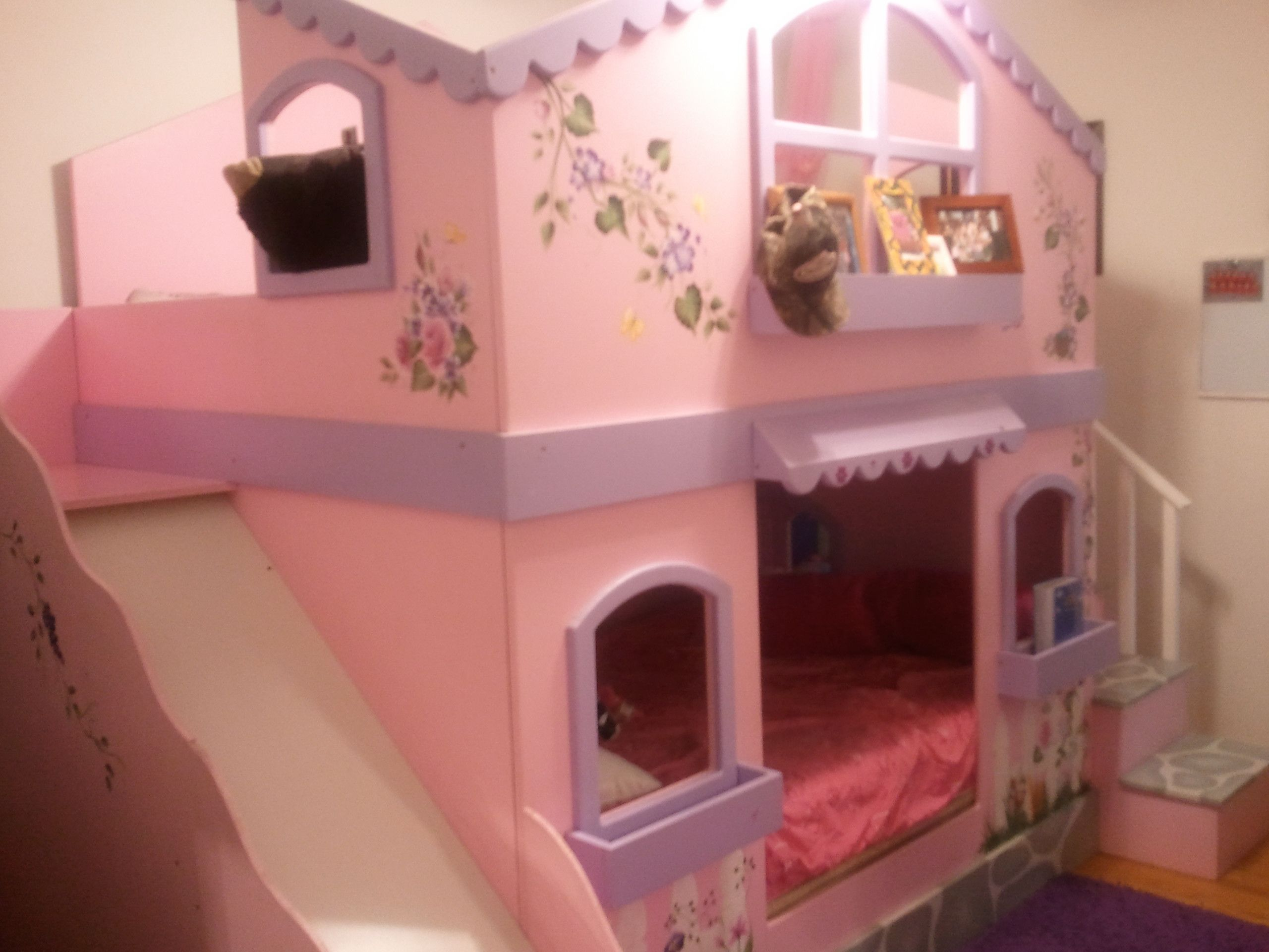 My girls bunkbeds two double size beds with slide for Girls bedroom decorating ideas with bunk beds