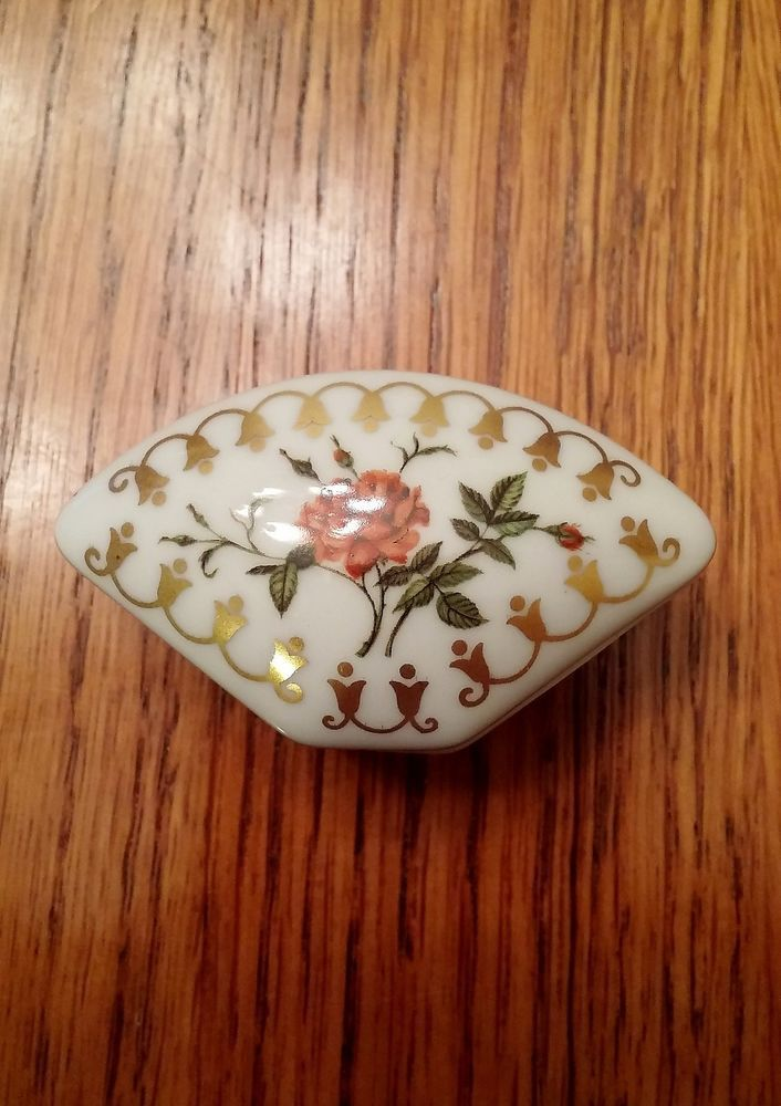 f118cb08f87d Empress Josephine's Rose Garden Porcelain Trinket Box ~ Rosa Chinensis  'Cruenta'