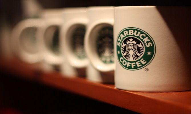 East Coast Vs West Coast America S Coffee Chain Battle Starbucks Mugs Mugs Starbucks