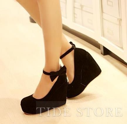 black closed toe prom heels