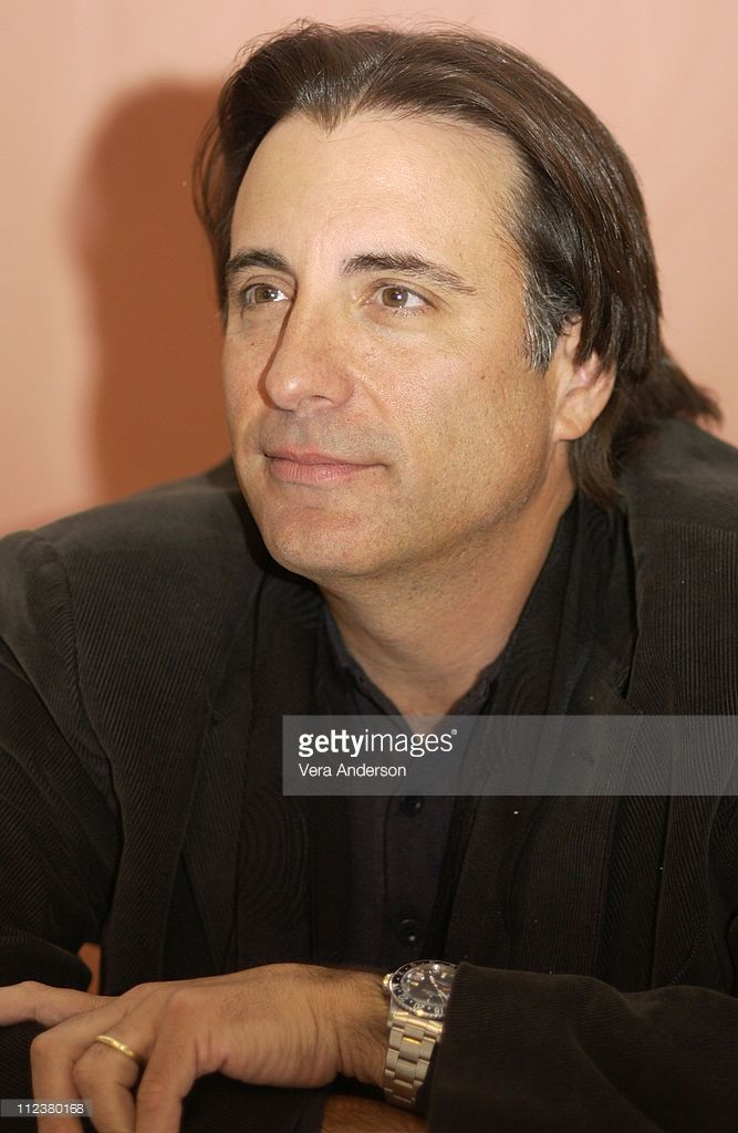 andy-garcia-during-confidence-press-conference-with-andy-garcia-and-picture-id112380168 (667×1024)