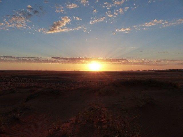 uno spettacolare tramonto namibiano #panoramanamibia