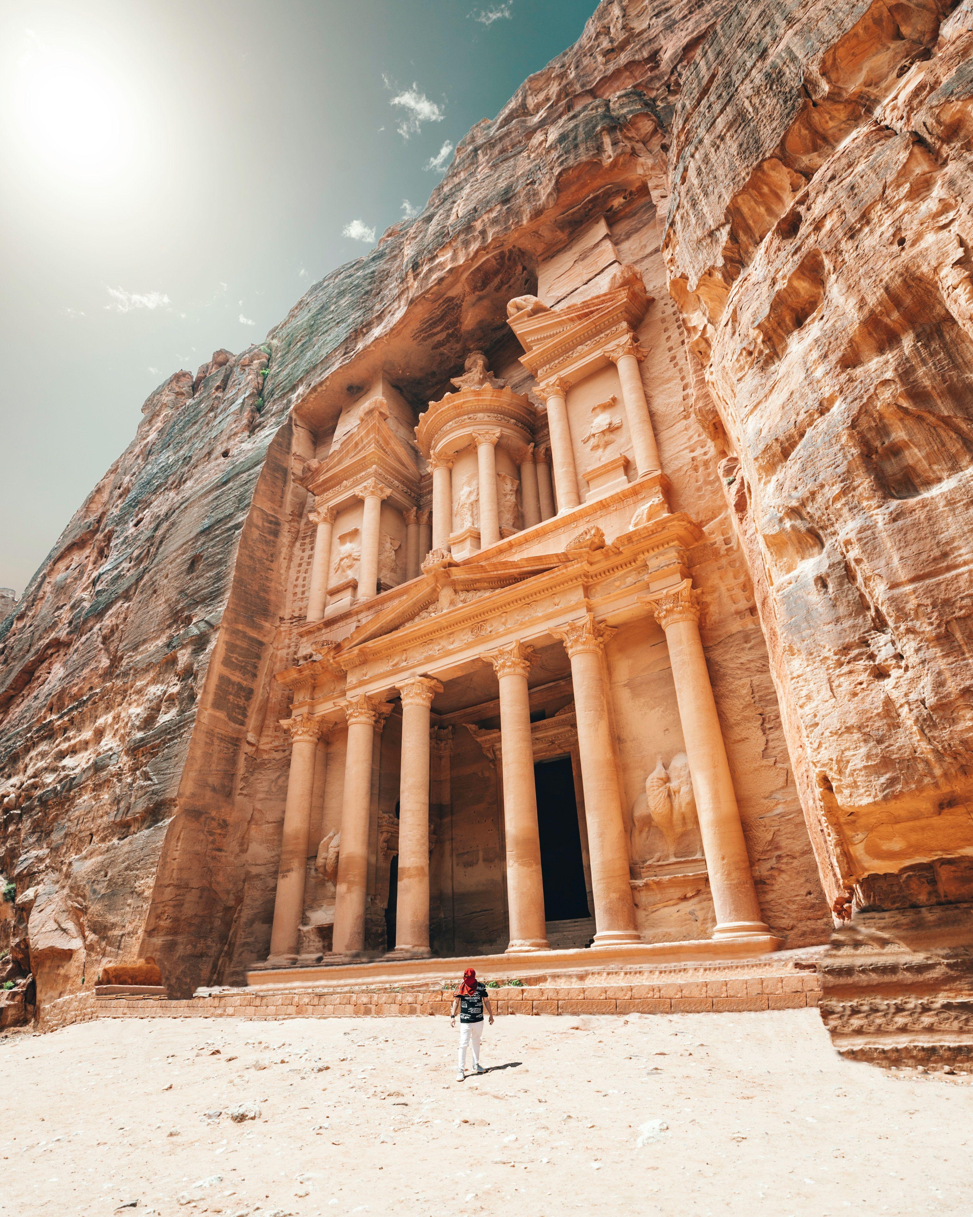 Petra Temple Jordan Jordan Travel Cool Places To Visit Israel Travel