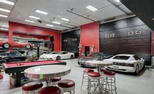 Men\'s Garage Interior Design | Garage | Pinterest | Man cave ...
