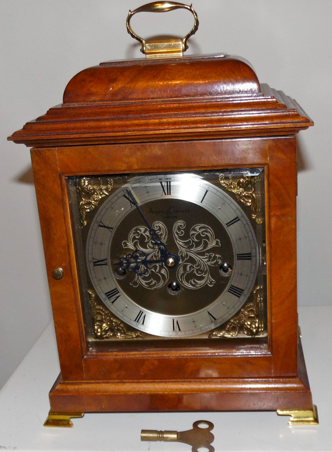 Comitti of london basket top mahogany bracket mantel clock comitti of london basket top mahogany bracket mantel clock westminster whittington chimes by squarenutsshop on amipublicfo Images