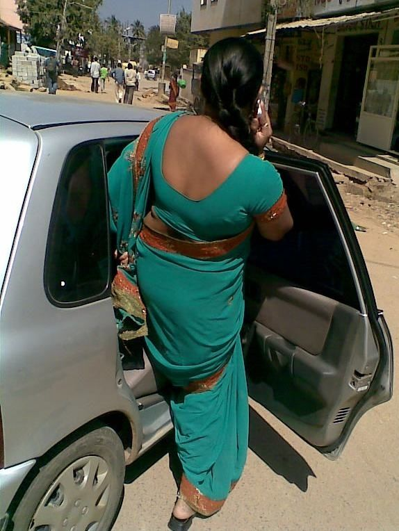 Very telugu palleturi aunty back side photos that