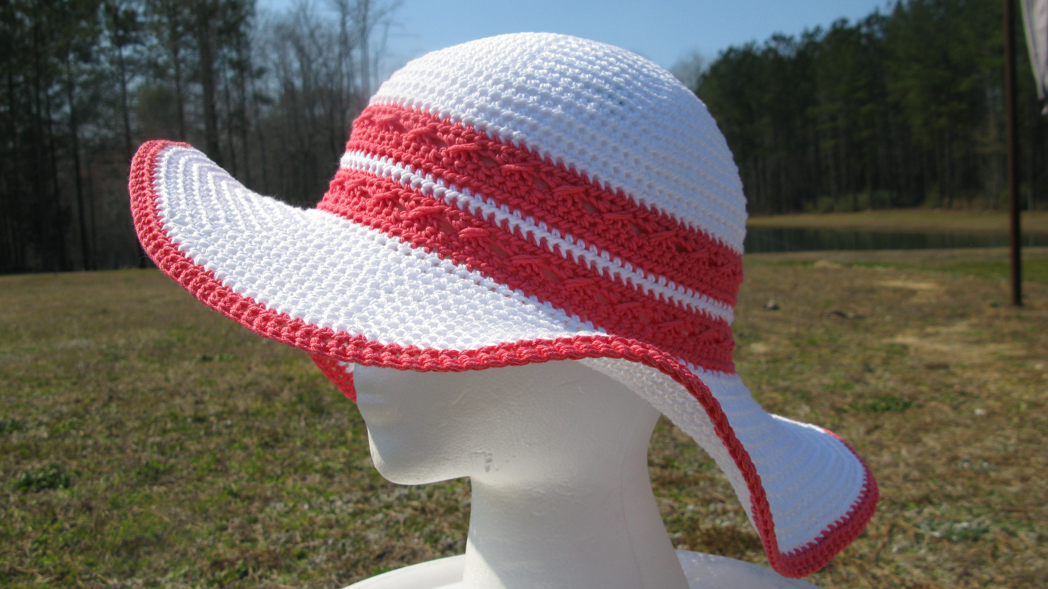 a6819031734 It s Spring Break and time to Crochet a Beach Hat!