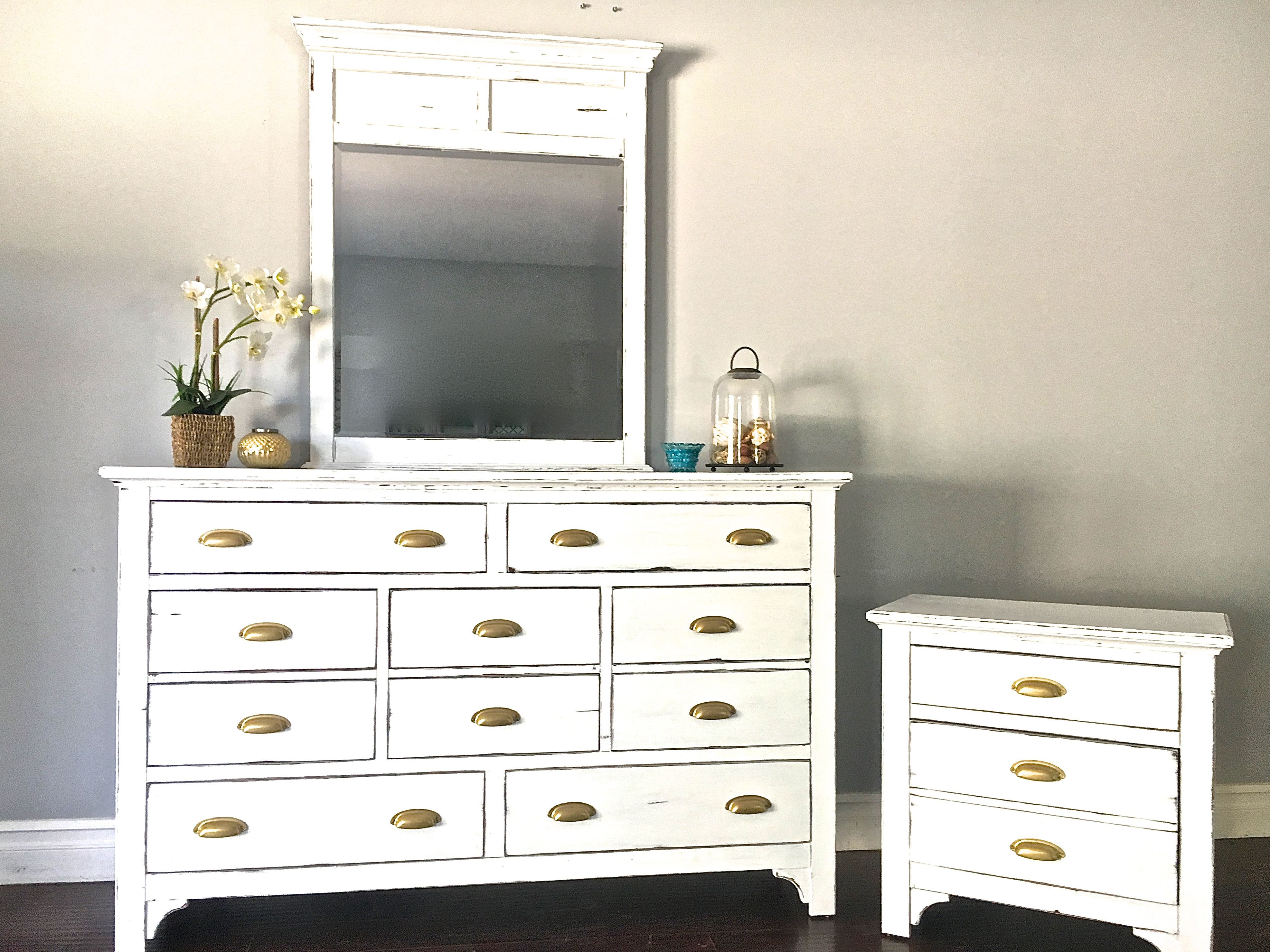 White Gold Dresser End Table Set 500 Sold Selling