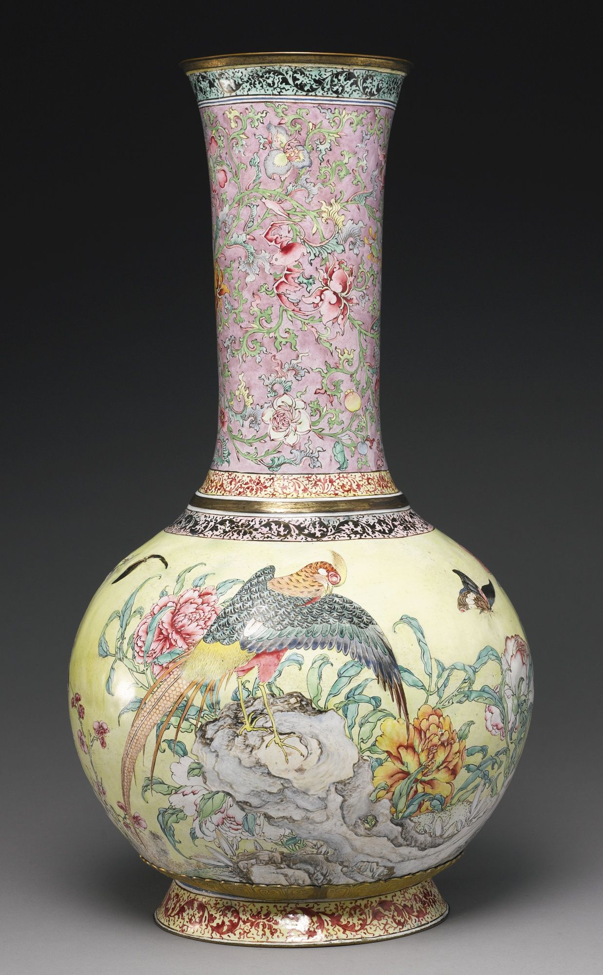 A rare and large canton enamel bottle vase qing dynasty qianlong a rare and large canton enamel bottle vase qing dynasty qianlong period reviewsmspy