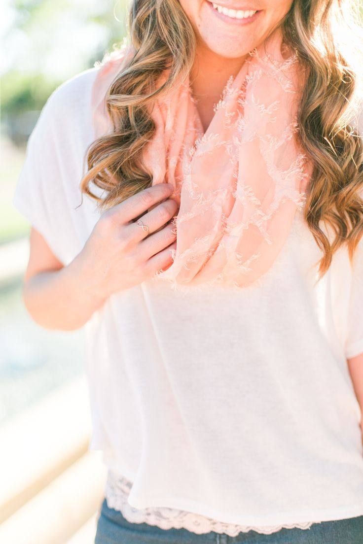Spring style: Crochet back tunic with pops of blush lace // thinkelysian.com