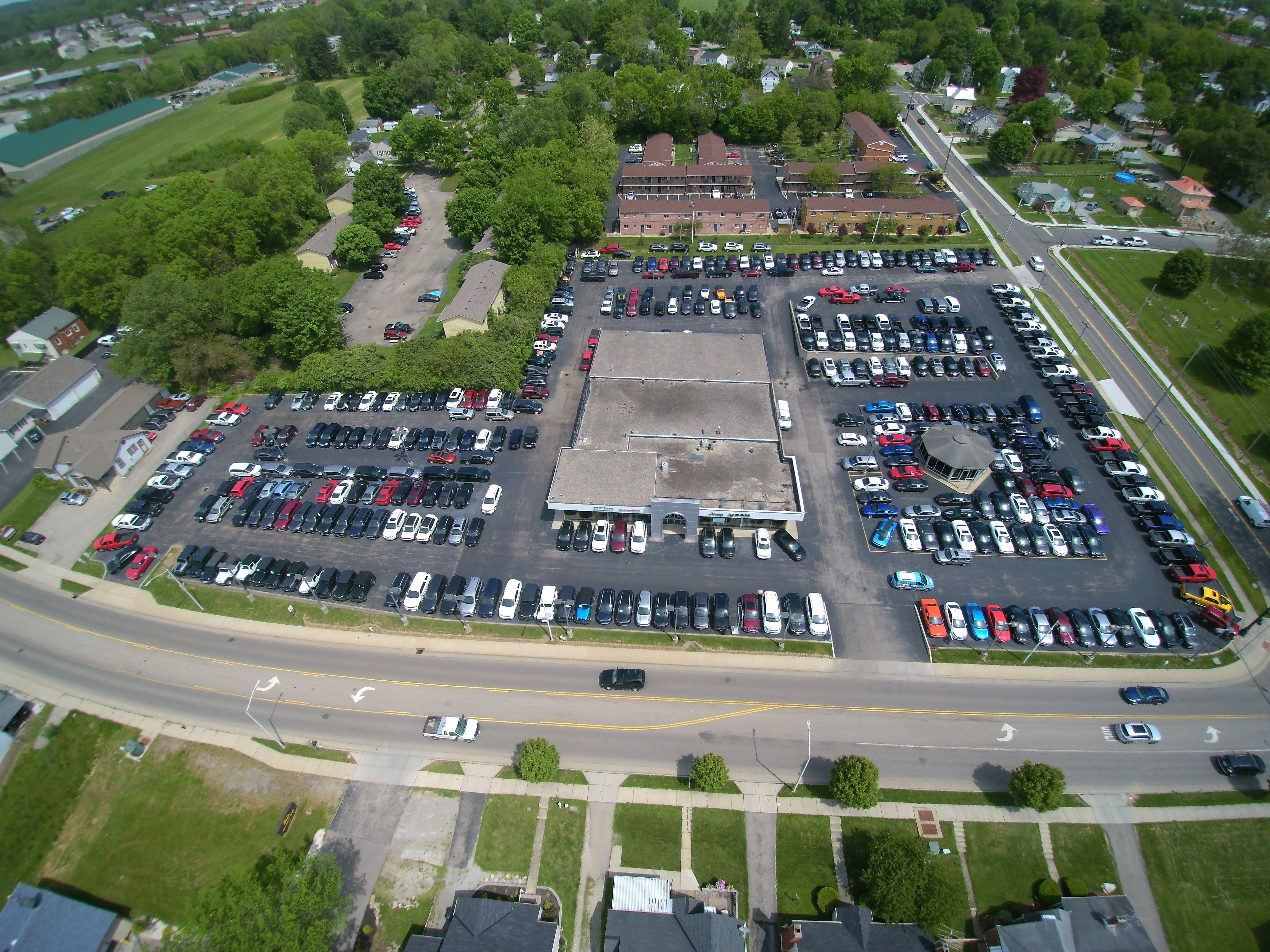 black touring l white dealership exterior sale htm ohio inventory new for chrysler s columbus pacifica urbana