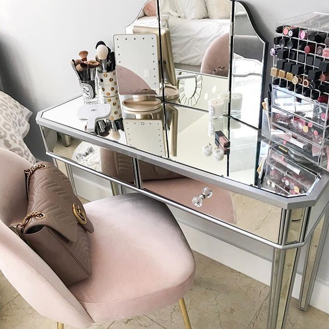 Attirant My Vanity Got A Refresh For The New Year! I Couldnu0027t Pass Up This Cute  Blush Pink U0026 Gold Chair For Under $100 💕 Get Details On My Vanity Set Up  ...