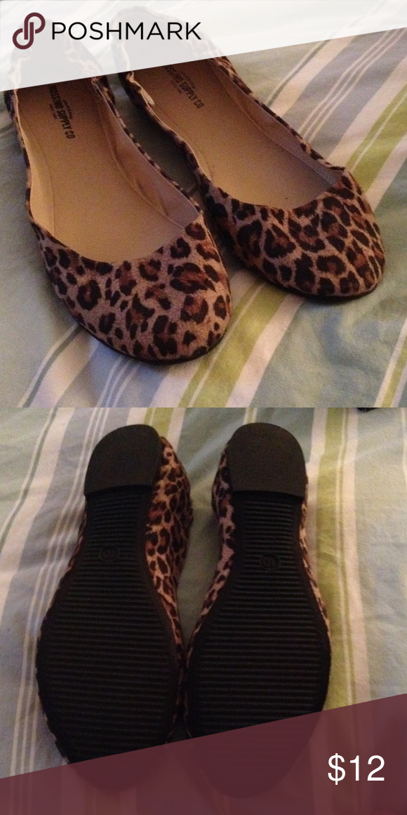 38958dbf4a37 Leopard Print Ballerina Flats Leopard Print Ballerina Flats. Worn once  indoors. No flaws. No wear on soles Mossimo Supply Co Shoes Flats & Loafers