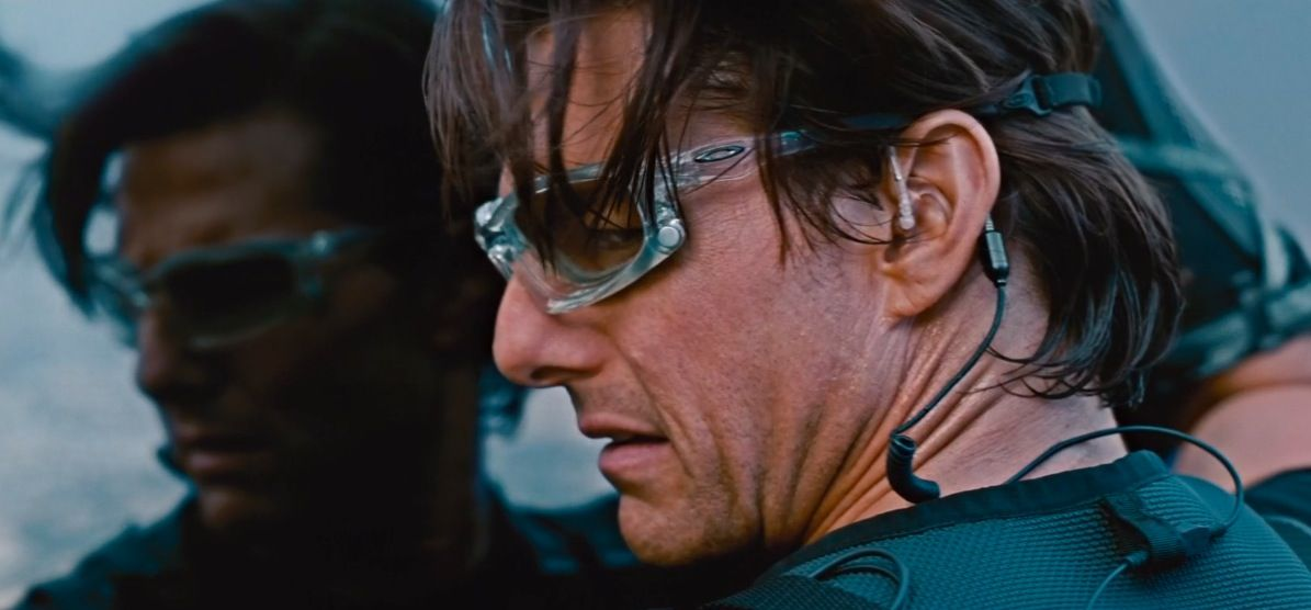 oakley sunglasses worn by tom cruise