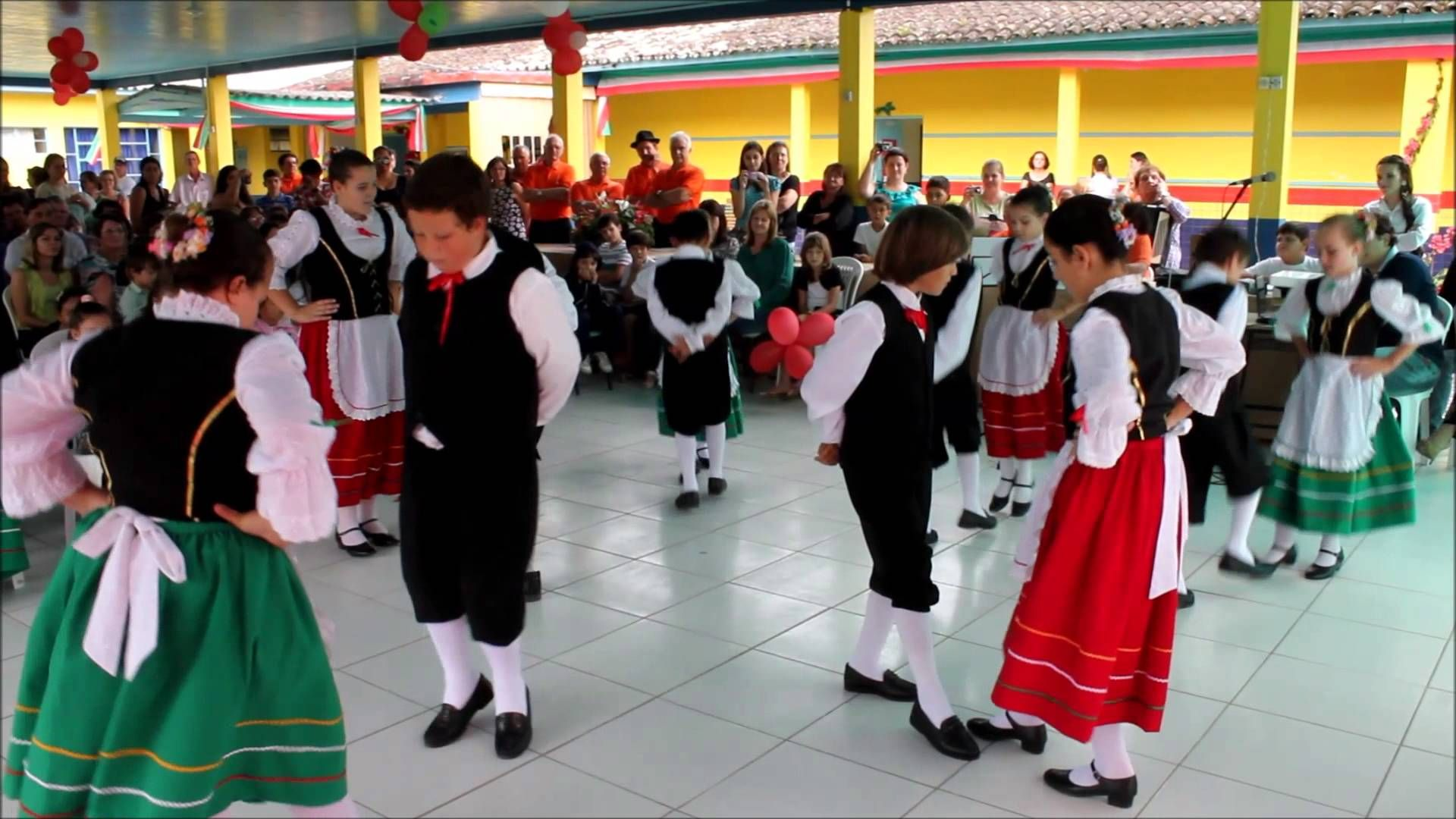 Amado dança italiana - Pesquisa Google | Италия | Pinterest | Searching TJ87