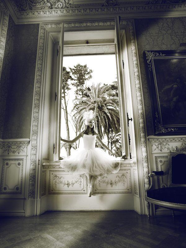 """Annarella Academy Ballet- Photos 2011  """" MASQUERADE"""" by CARLA PORTUGAL Photography, via Behance"""