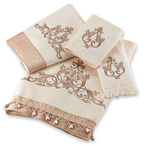 A Touch Of Gold Always Adds A Bit Of Elegance Ivory Towels Have A - Gold decorative towels for small bathroom ideas
