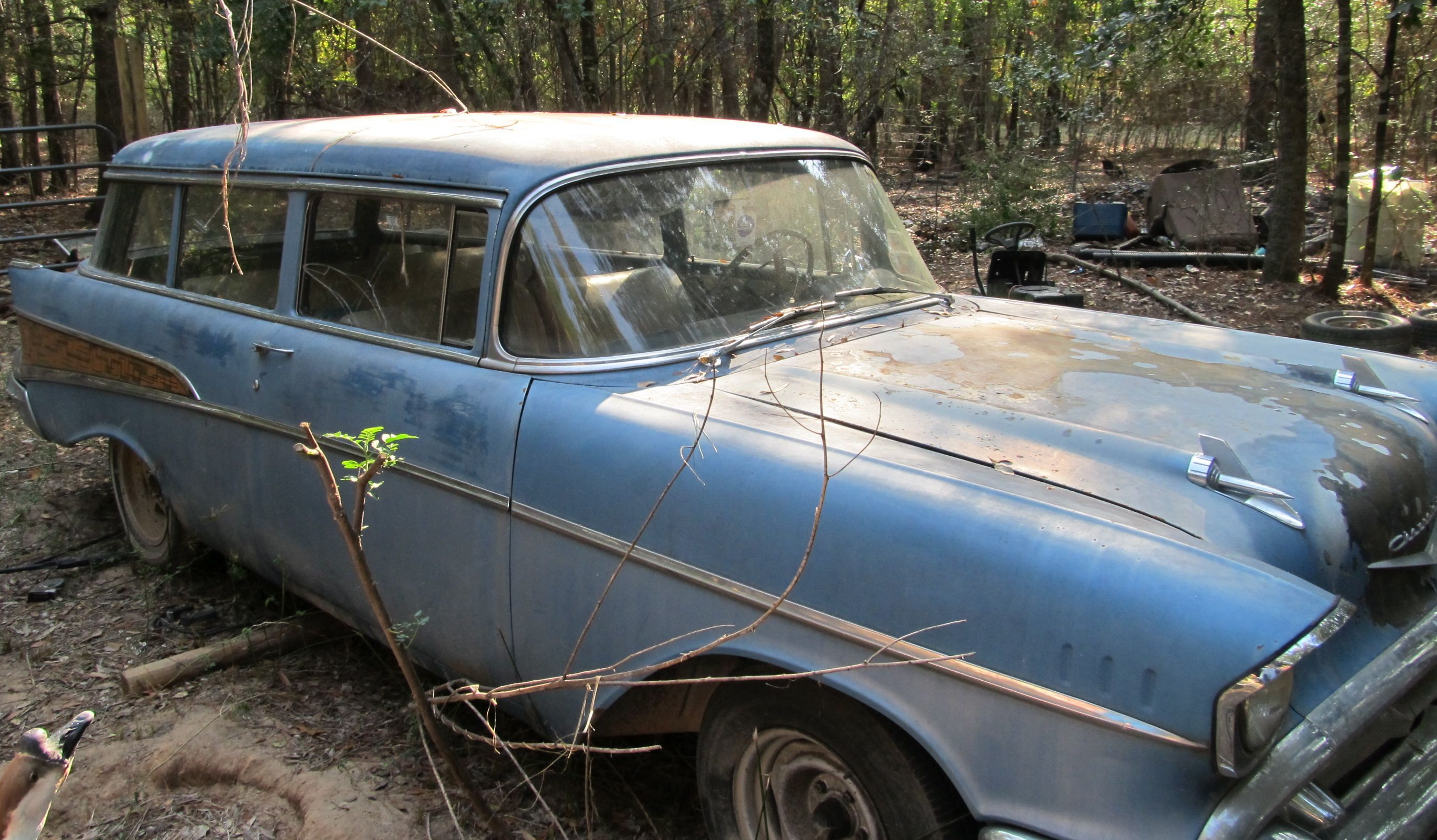 1957 Chevy | 57 chevy belairs | Pinterest | Abandoned, Barn finds ...