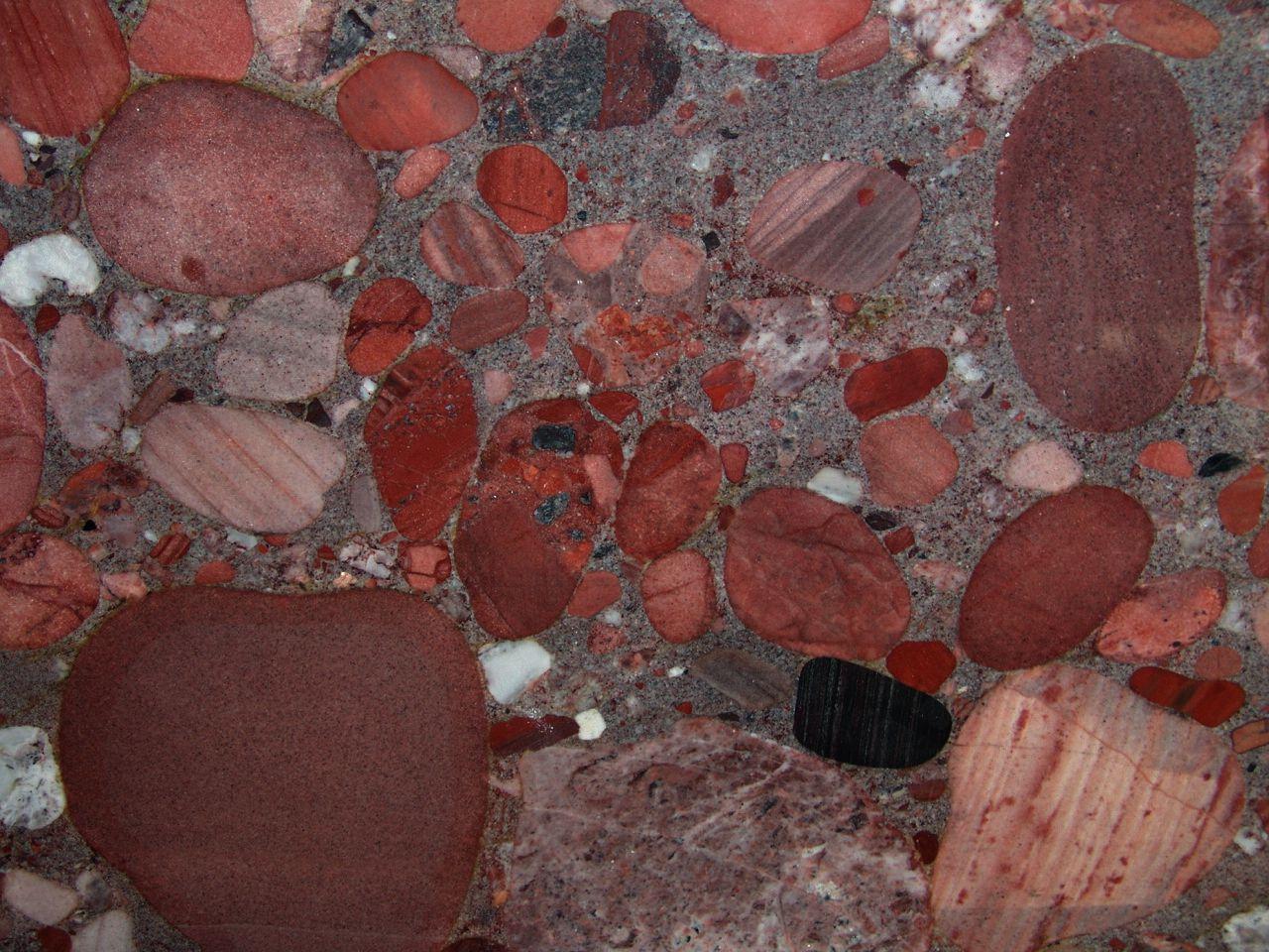 granito marinace rosso
