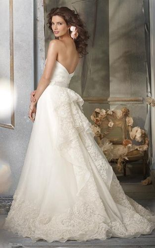 Jim Hjelm Wedding Dresses @Kamilah Potts -- this is beautiful ...