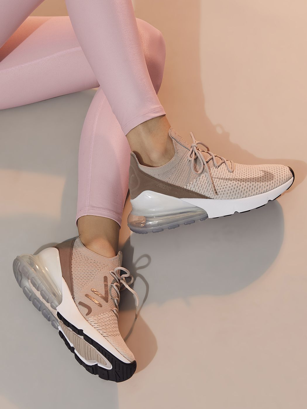Nike Air Max 270 Flyknit in Guava Iceparticle Beige desert