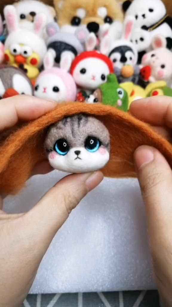 Little cute cat wool felt with elk hat