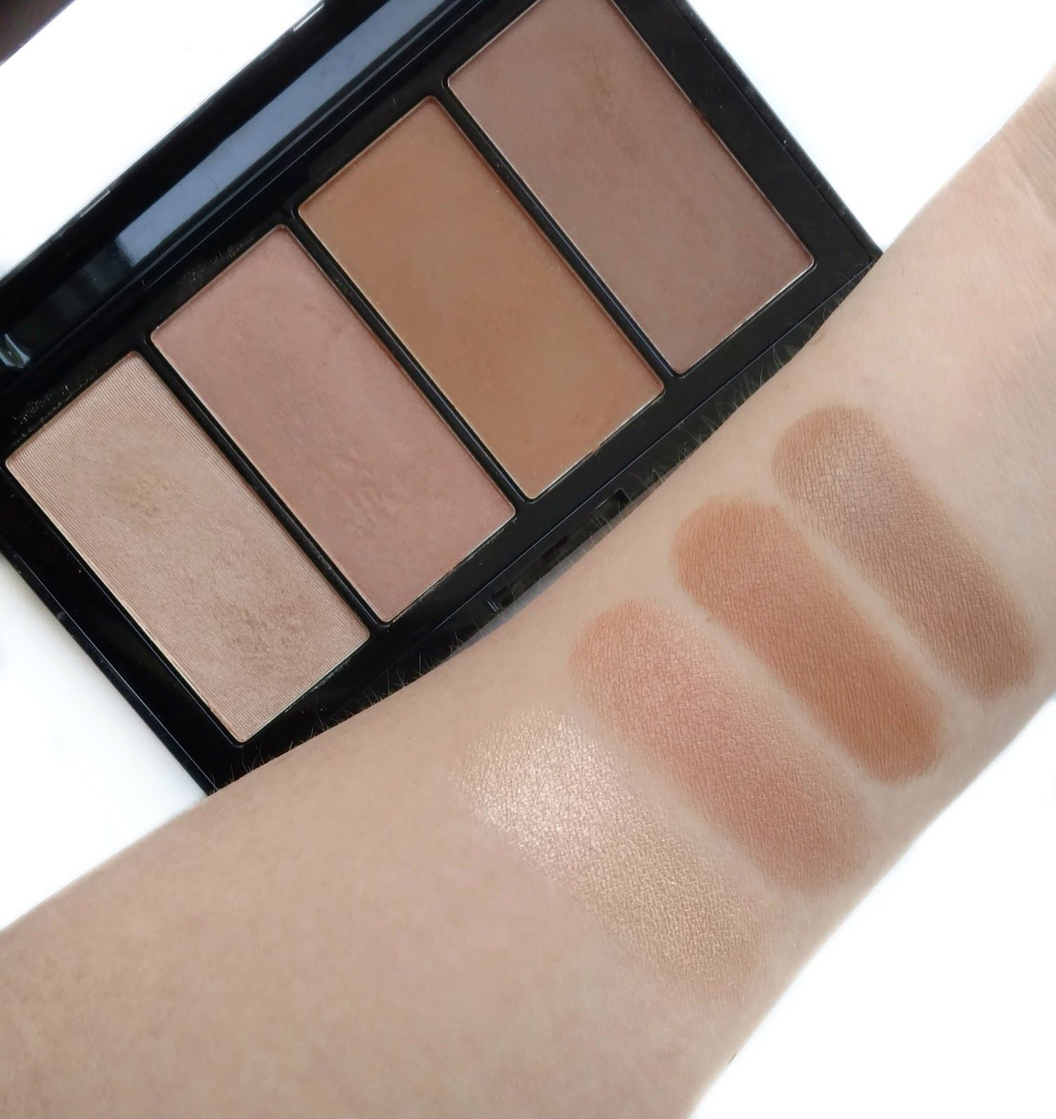 Maybelline Master Bronze Palette Swatches Cool tone