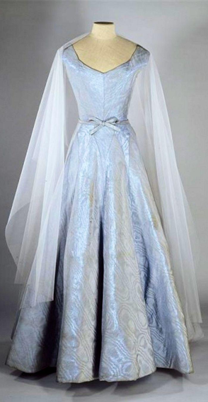 Chanel gabrielle ucocou chanel blue silk ottoman moiré