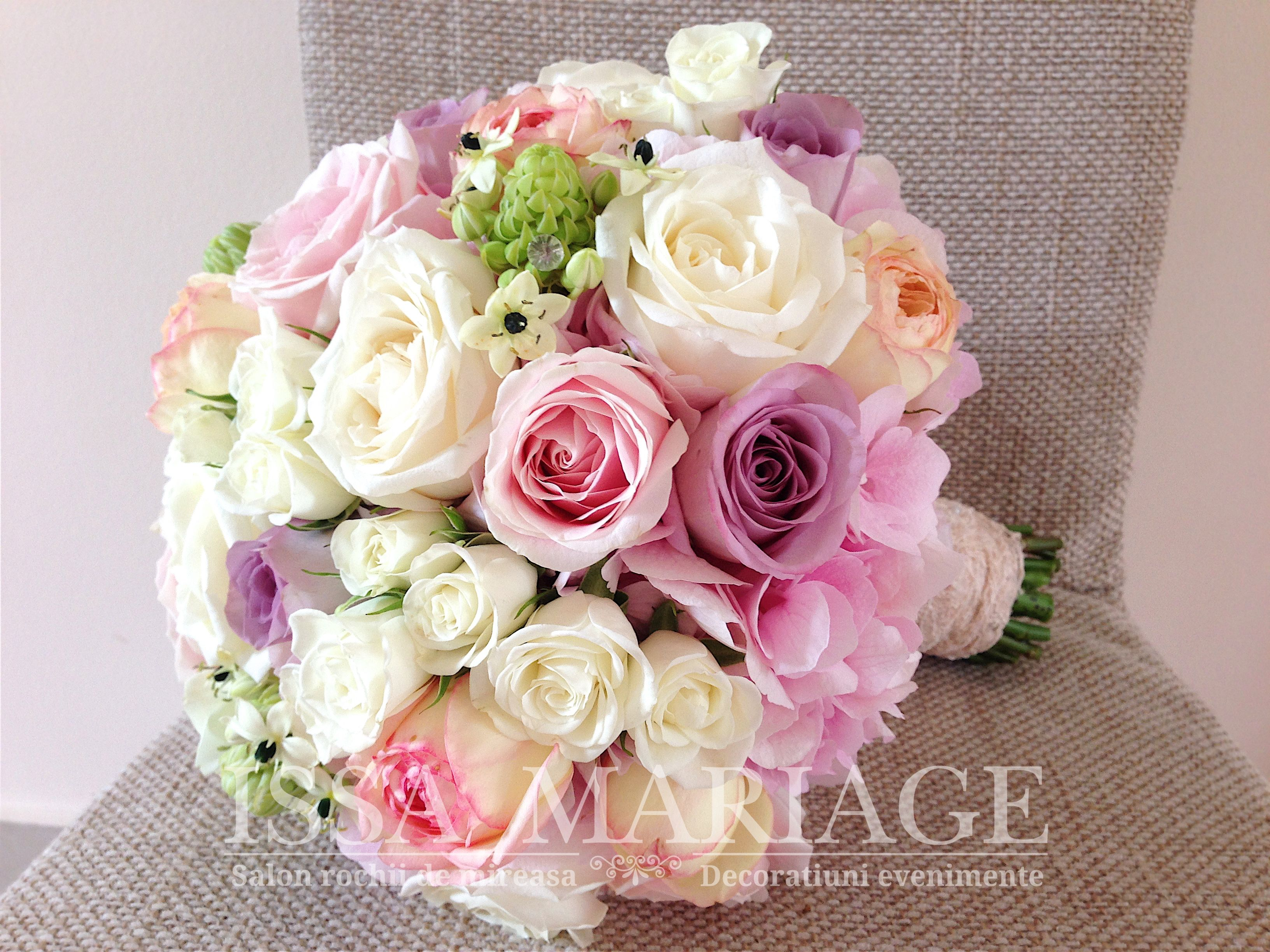 Buchet De Mireasa Din Trandafiri Si Bujori Issa Wedding Bouquets