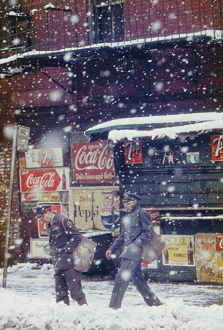 Saul Leiter: Postmen, 1952 © Saul Leiter Courtesy Howard Greenberg Gallery, New York
