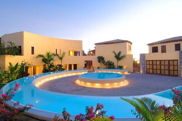 Most Expensive Vacation Rentals In The World Ealuxe Com Luxury Retreats Mexico Resorts Luxury Holidays