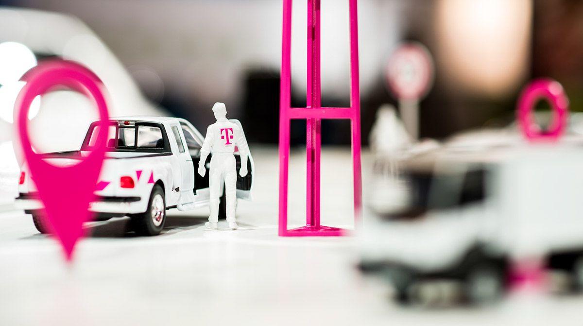 Exhibition Design Deutsche Telekom IAA 2015 on Behance