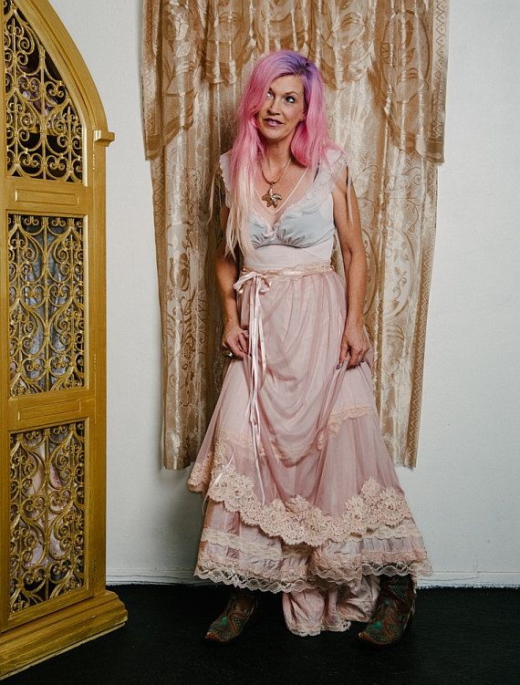Taupe Whisper Pink Cream Chiffon Tulle Vintage Alencon Lace Fishtail Wedding Dress Medium By Mermaid Miss K