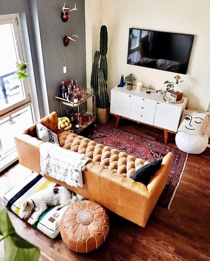 19 6k Likes 194 Comments Apartment Therapy Apartmenttherapy On Instagram Wink Wink Nudge N Apartment Living Room Living Room Colors Trendy Living Rooms