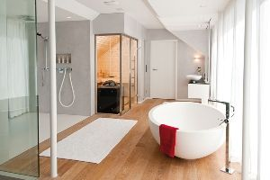 Homeplaza Saunas Geschickt In Den Wohnbereich Integrieren Finnische Sauna Im Bad Badezimmereinrichtung Badezimmer Wohnen