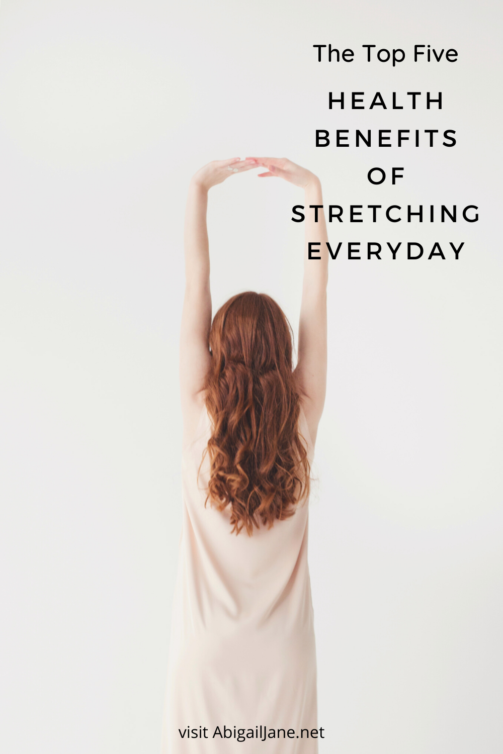 Have you ever wondered how stretching benefits health? What the health benefits of stretching were and how they might apply to you? That is what we are discussing in todays article! All of the benefits of daily stretching for your health and body. We are talking about having a daily stretch routine and daily stretches for beginners. As well as how to stretch comfortably and safely. #ad #affiliatelink #dailystretchesforflexability #stretchingforhealth #dailystretchinghealthbenefits #stayingactive