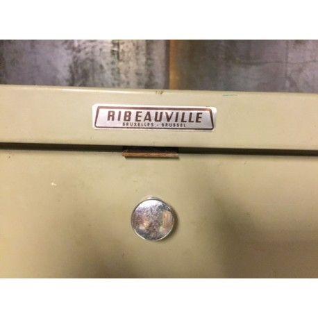 Industriele 1930's Ribeauville kleppenkast, kast, Strafor