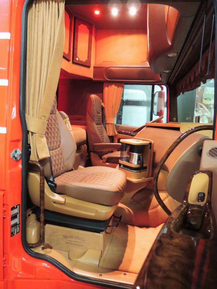 daf xf tuning google zoeken daf truck interior. Black Bedroom Furniture Sets. Home Design Ideas