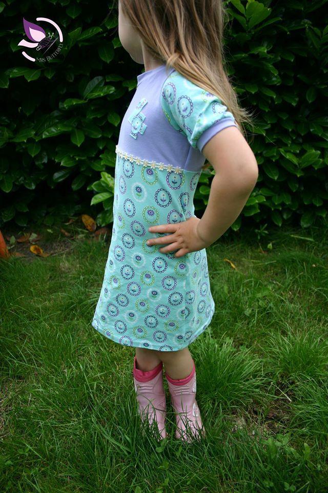 Kinderkleider 164