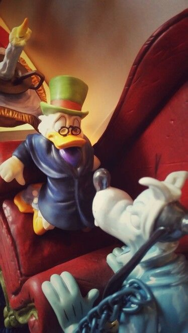 Disney Christmas Carol.Scrooge Marley From Mickey S Christmas Carol Wdcc