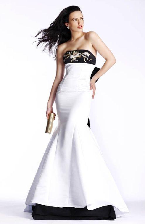 Milwaukees Custom Prom Dress Designers Senior Prom3 Pinterest