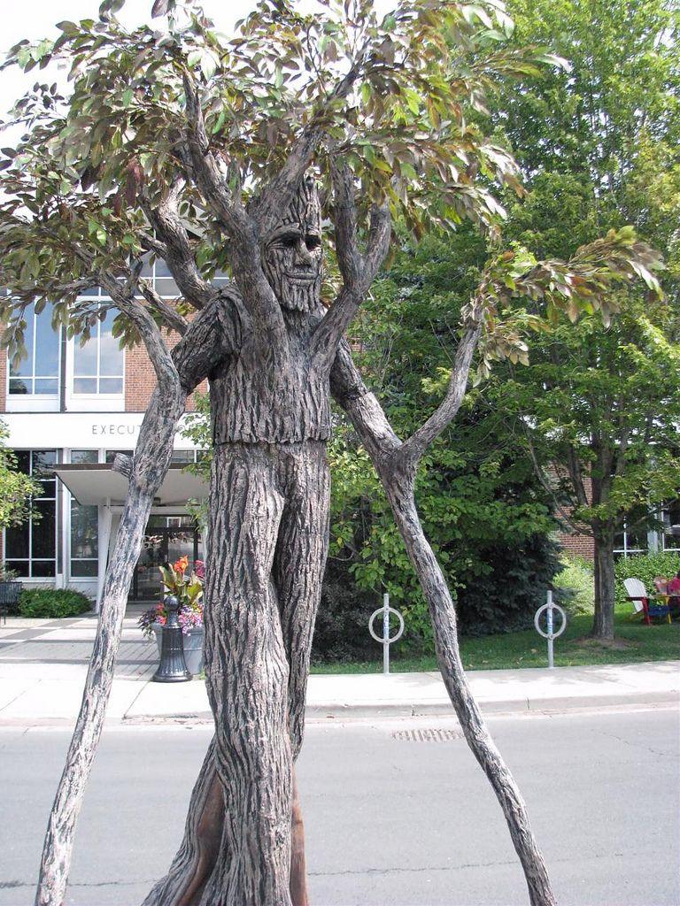 Walking Tree Costume in 2020 Tree costume, Haunted tree