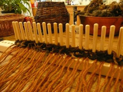 Heart and Soil - Spindlebrook Combe: How to Use a Peg Loom